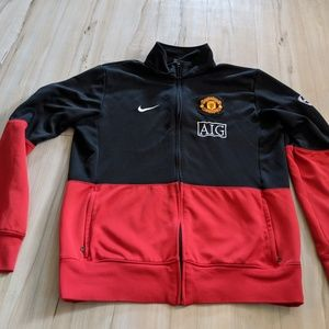 Nike Mens large L Manchester United zip top shirt